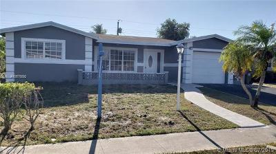 Lauderdale Lakes Single Family Home For Sale: 3239 NW 35th Way