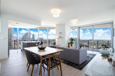 Aria On Th Bay, Aria On The Bay, Aria On The Bay Condo, Aria On The Bay Condominiu, Aria On The Bay Corner, Aria On The Bay Unit 2104 Condo For Sale: 488 NE 18th St #3800