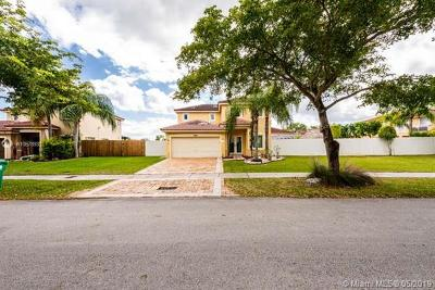 Cutler Bay Single Family Home For Sale: 9110 SW 213th St