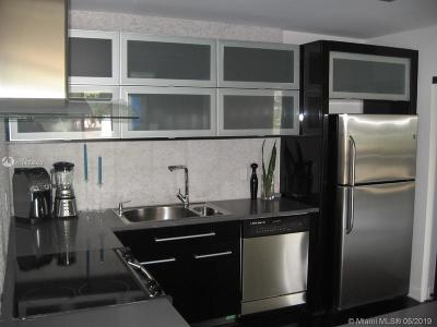 Flamingo, Flamingo South Beach, Flamingo South Beach Co., Flamingo Condo, Flamingo South Beach Cond, Flamingo South Beach I, Flamingo South Beach I Co Rental For Rent: 1500 Bay Rd #114S
