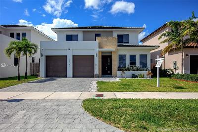 Miami Single Family Home For Sale: 15141 SW 177th Ter