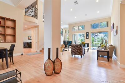 Weston Single Family Home For Sale: 3216 Huntington