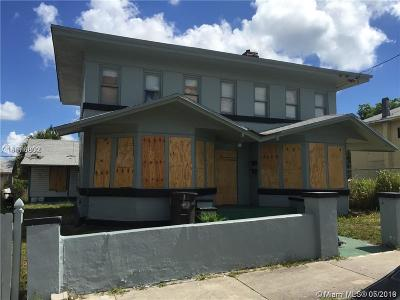 West Palm Beach Multi Family Home For Sale: 815 6th St