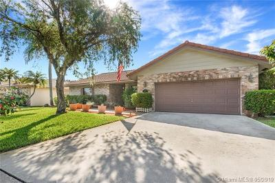 Coral Springs Single Family Home For Sale: 4327 NW 70th Ln