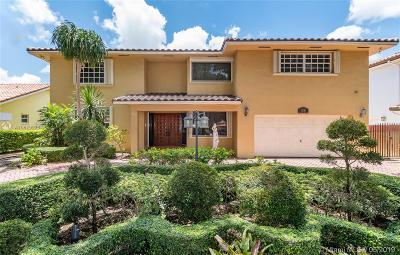 Miami Lakes Single Family Home For Sale: 7881 NW 169 Ter