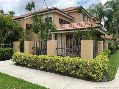 Palm Beach Gardens Single Family Home For Sale: 380 Prestwick Cir #4