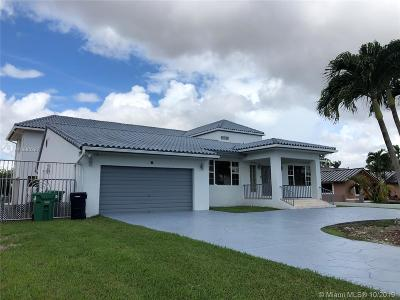 Miami Single Family Home For Sale: 13815 SW 38th St