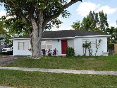 North Lauderdale Single Family Home For Sale: 7821 SW 6th St