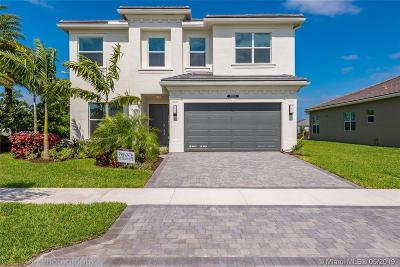 Delray Beach Single Family Home For Sale: 15283 Seaglass Terrace Ln