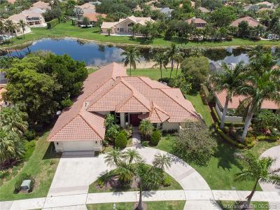 Weston Single Family Home For Sale: 530 Coconut Circle