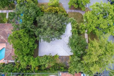 Coral Gables Single Family Home For Sale: 6809 Nervia St