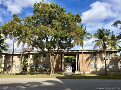 Coral Gables Condo For Sale: 6511 Santona St #C11