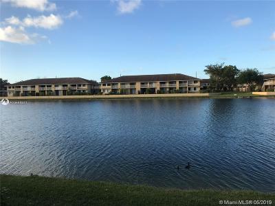Miami Gardens Condo For Sale: 415 NW 210th St #203