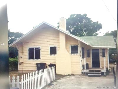 West Palm Beach FL Single Family Home For Sale: $160,000