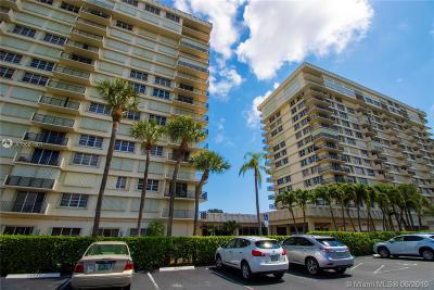 Boca Raton Condo For Sale: 2121 N Ocean Blvd #902W