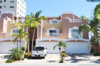 Fort Lauderdale Condo For Sale: 2626 NE 11th Ct