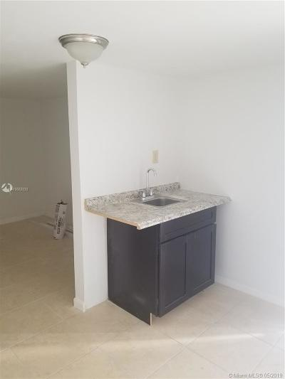 Miami, Kendall, Fort Lauderdale, Hollywood, Coral Gables Rental For Rent: 10345 NW 30th Ct #D