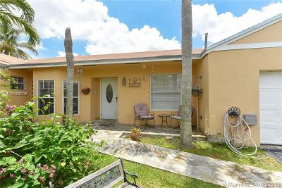 Cutler Bay Single Family Home For Sale: 9882 SW 222nd St