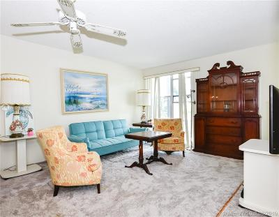 Sunny Isles Beach Condo For Sale: 17560 Atlantic Blvd #217