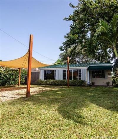 North Miami Beach Single Family Home For Sale: 1400 NE 176 St