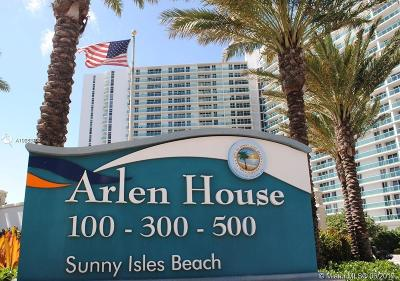 Sunny Isles Beach Condo For Sale: 100 Bayview Dr #1904