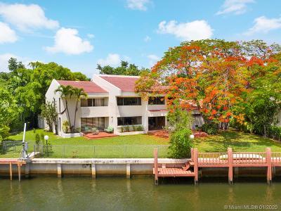Single Family Home For Sale: 4030 Granada Blvd