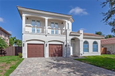 Doral Single Family Home For Sale: 6844 NW 113th Pl
