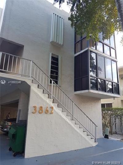 North Miami Beach Condo For Sale: 3862 NE 171st St #B (2)