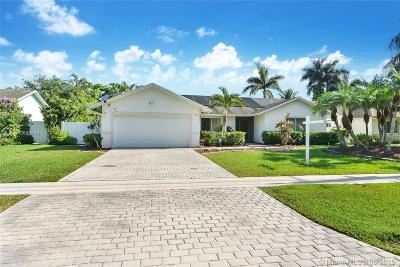 Davie Single Family Home For Sale: 8491 SW 30th St