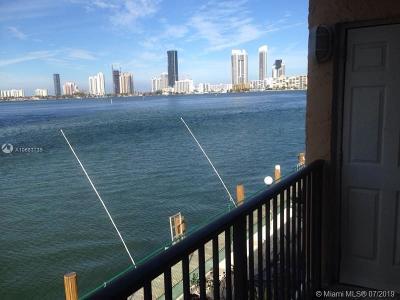 North Miami Beach Condo For Sale: 3745 NE 171st St #27