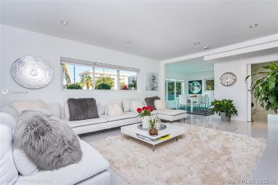 Aventura, Bal Harbour, Bay Harbor Islands, Coconut Grove, Coral Gables, Kendall, Key Biscayne, Miami Beach, Miami Shores, North Bay Village, Pinecrest, South Miami, Surfside Multi Family Home For Sale: 1225 Marseille Dr