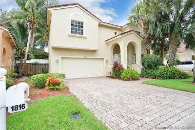 Pembroke Pines Single Family Home For Sale: 1816 NW 75th Way