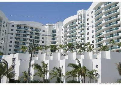 North Bay Village Condo For Sale: 7900 Harbor Island Dr #603