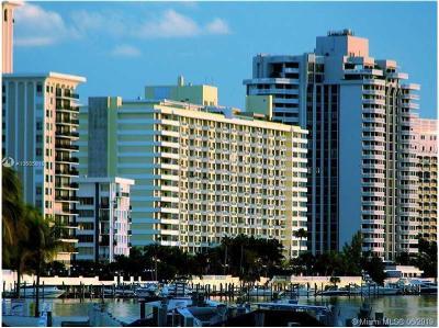 Miami Beach Condo For Sale: 5600 Collins Ave #7U