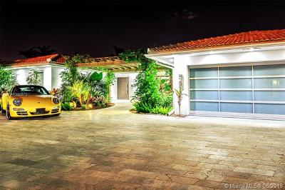 Hallandale Beach Single Family Home For Sale: 518 Palm Dr