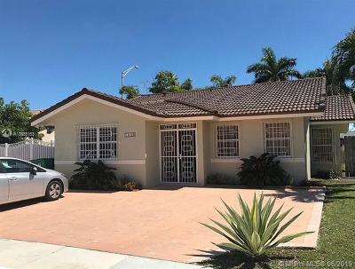 Miami Single Family Home For Sale: 14260 SW 25th Ter