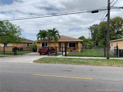 North Miami Single Family Home For Sale: 12912 NE 7th Ave