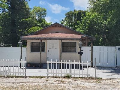 North Miami Beach Single Family Home For Sale: 2578 NE 182nd Ter