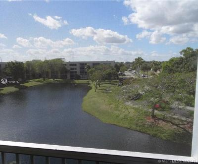 Lauderdale Lakes Condo For Sale: 3101 NW 47th Ter #435