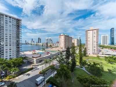Sunny Isles Beach Condo For Sale: 290 174th St #1112