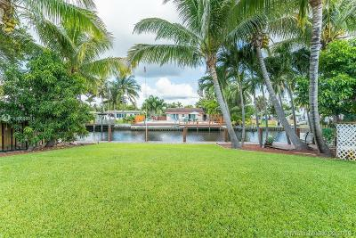 Dania Beach Single Family Home For Sale: 4481 SW 34th Dr