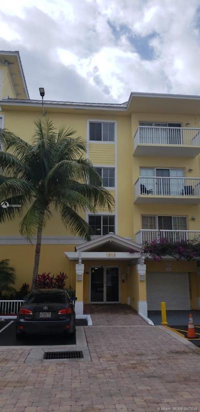 Fort Lauderdale Condo For Sale: 1515 E Broward Blvd #424