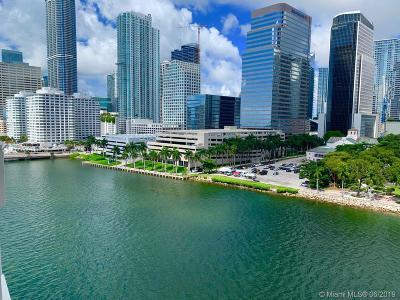 Miami Condo For Sale: 701 Brickell Key Blvd #1104