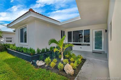 Surfside Single Family Home For Sale: 8842 Byron Ave