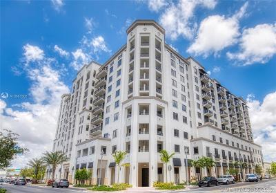Coral Gables Condo For Sale: 301 Altara #528