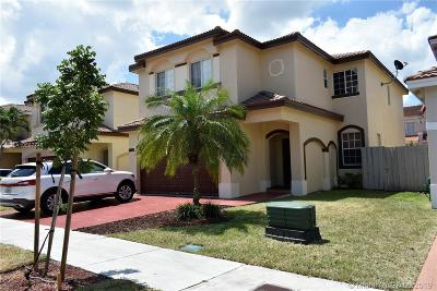 Doral Single Family Home For Sale: 11320 NW 43rd Ter