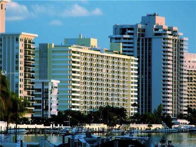 Miami Beach Condo For Sale: 5600 Collins Ave #9C