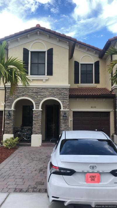 Doral Single Family Home For Sale: 8655 NW 98th Ave