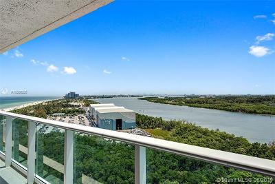 Sunny Isles Beach Condo For Sale: 100 Bayview Dr #1921