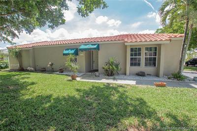 Coral Springs Single Family Home For Sale: 1845 NW 93rd Ter